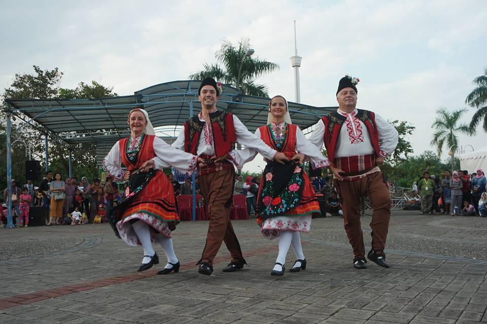 Tenggarong International Folk Art Festival